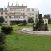 湘乡市华光电子工业学校