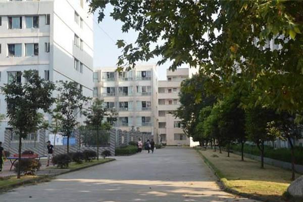 遂宁市电力工程学校